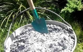 Древесная зола, как вид удобрения виноградника — видео