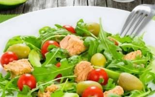 Салат с рукколой — рецепты салатов с добавлением тунца, авокадо